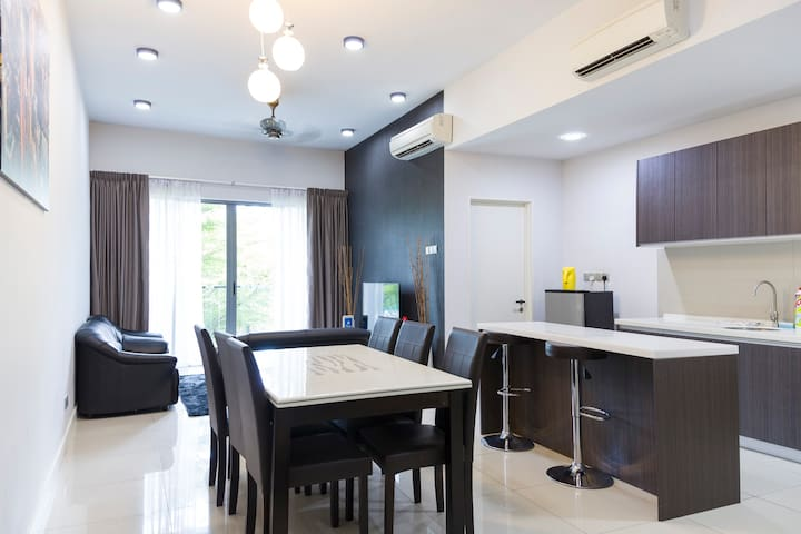 The Loft#2 - Cosy 2 Bedroom in City Centre 高级市中心公寓