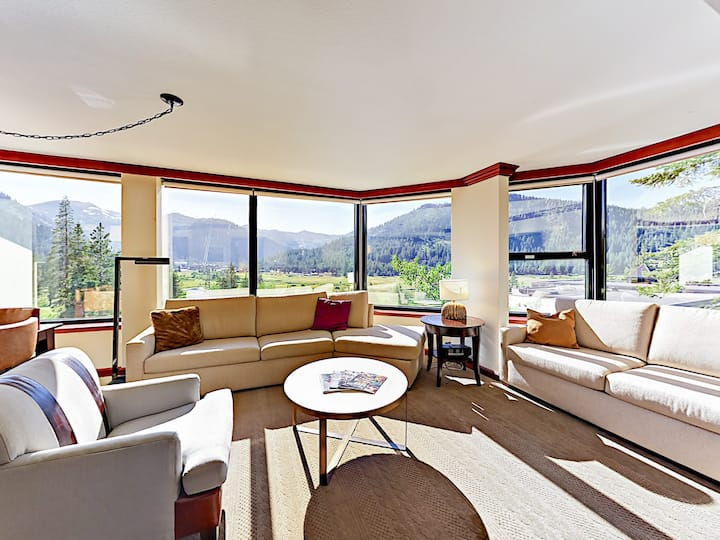 Squaw Creek Corner Suite with Sweeping Valley View