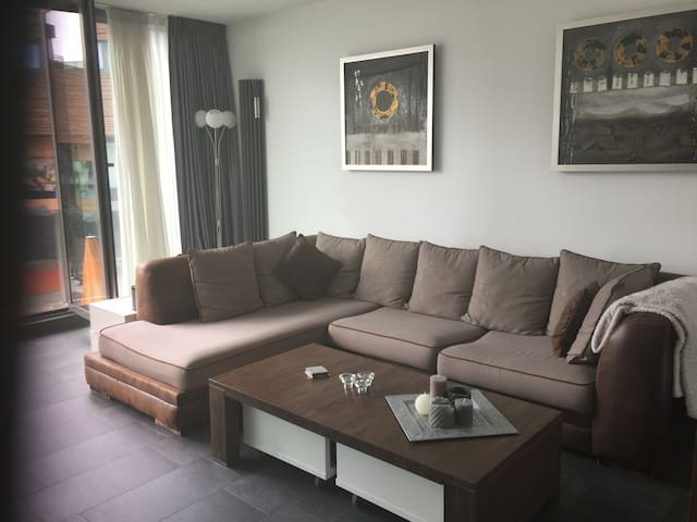 Room near Amsterdam ( 15 minutes by train)