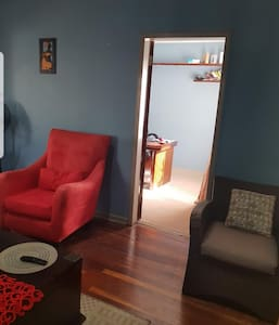 Cosy and neat 3 bedroom home in a quiet suburb