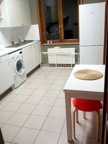 Bedroom and Living-room - Zaventem - Apartemen