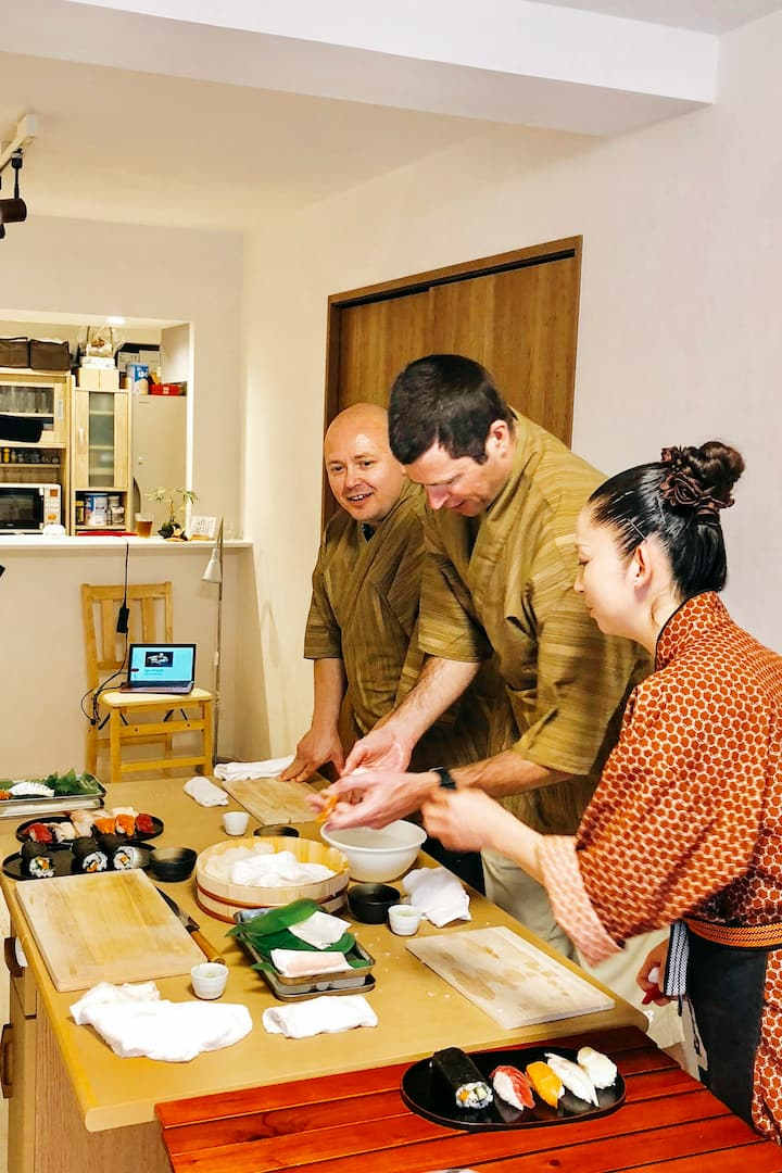 Making nigiri sushi!