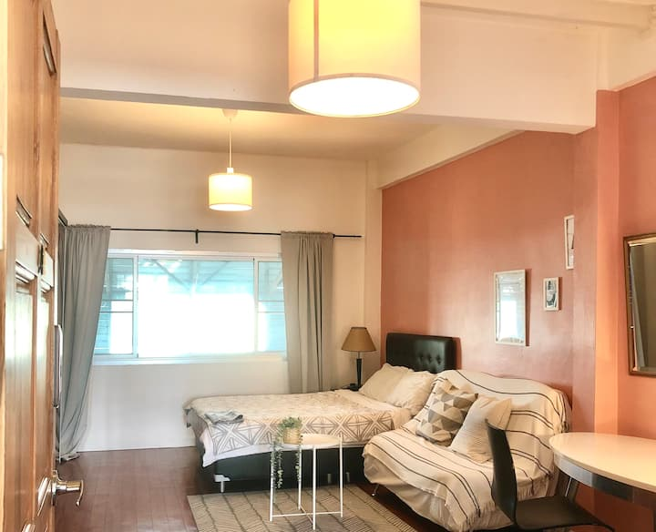 Cozy Studio in center of Thong Lor (Free WIFI)