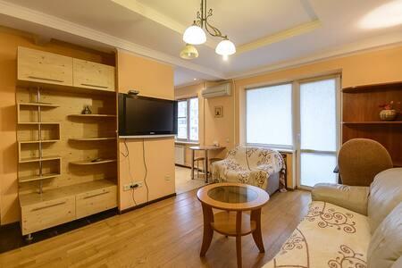 2room apartment with jacuzzi on Krasnoarmeyska st. - Kijev