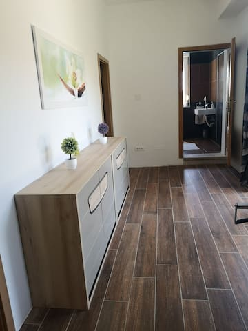 Apartment Karst with shared pool