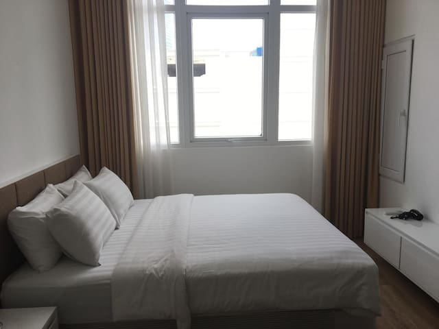 Luxury 1Br apt with balcony near Ben Thanh Market