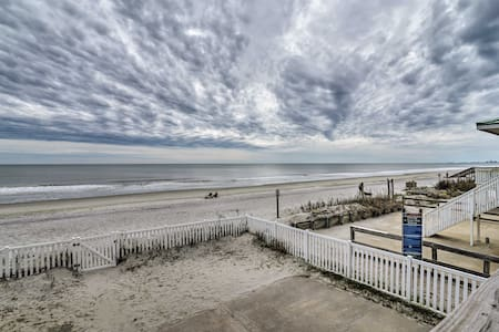 Oceanfront North Myrtle Beach Duplex w/Deck!