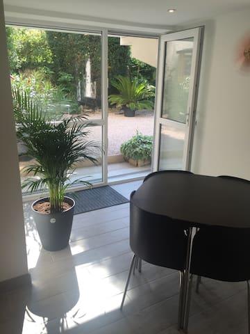 Studio en rez de jardin quartier Victor Hugo - Dijon - Ev