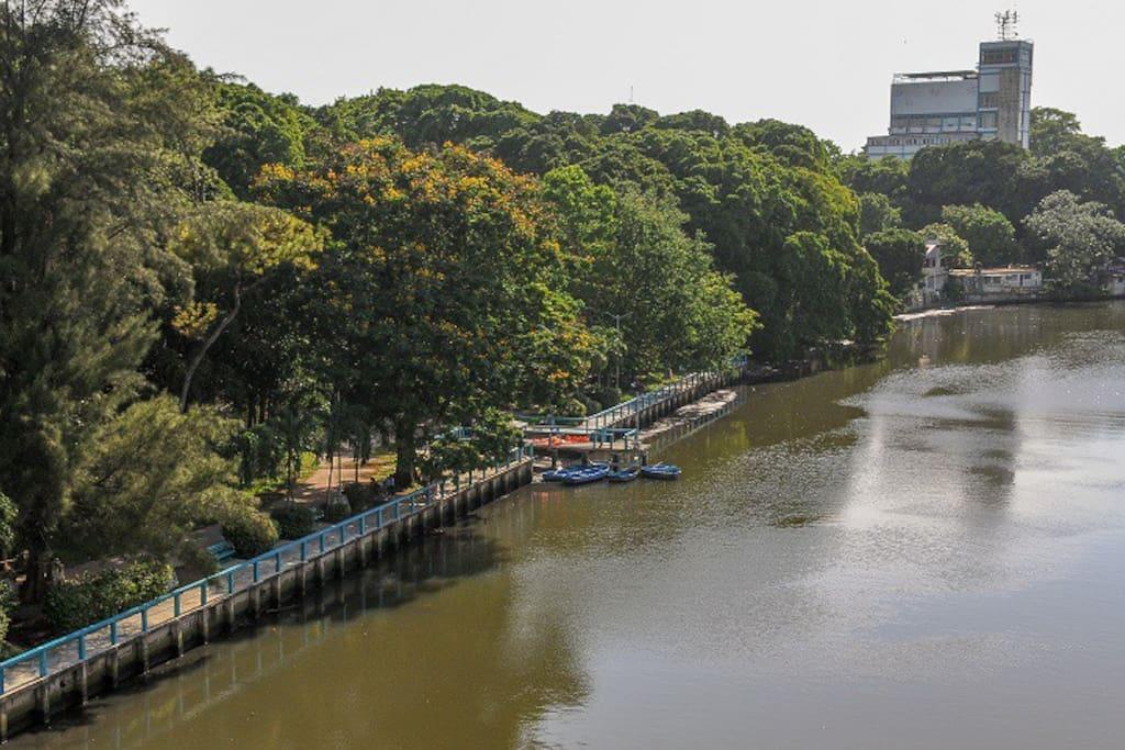 Vista del Parque Almendares (PARQUE METROPOLITANO)