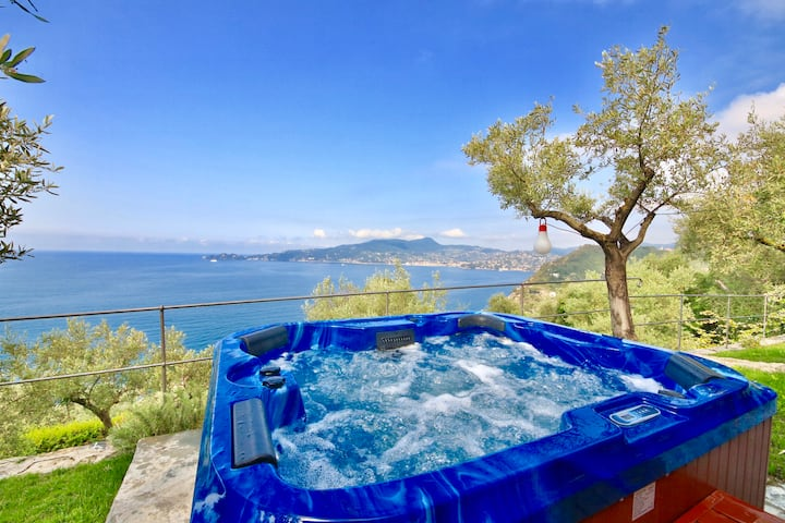 SUITE DOLCEVITA by KlabHouse Hot Tube, AC and View