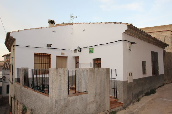 Casa Rural en pleno casco antiguo de Letur.
