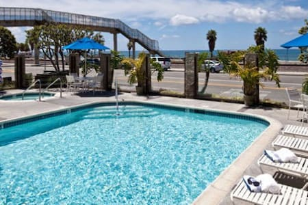 Capistrano Surfside Inn 2BR Condo - Dana Point