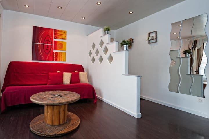 Bel appartement chaleureux/lumineux