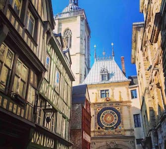 Room in the Heart of Rouen