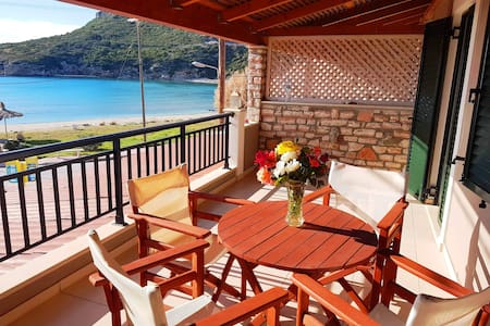 Antonis One Bedroom Apartment with Sea View