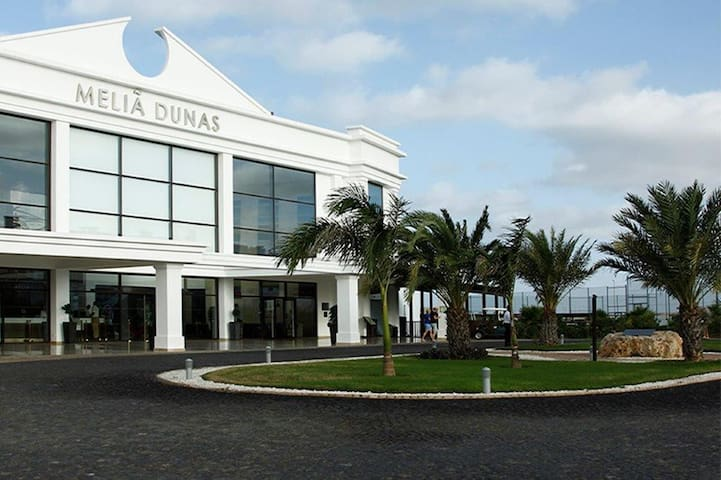 "Quality Luxury Apartment at ""Melia"" Dunas Beach Resort, Sal, in the Sun. - Sal, Cape Verde - Flat"