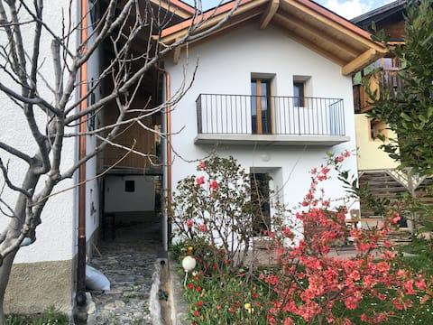 Miège, небольшой независимый дом, тихий