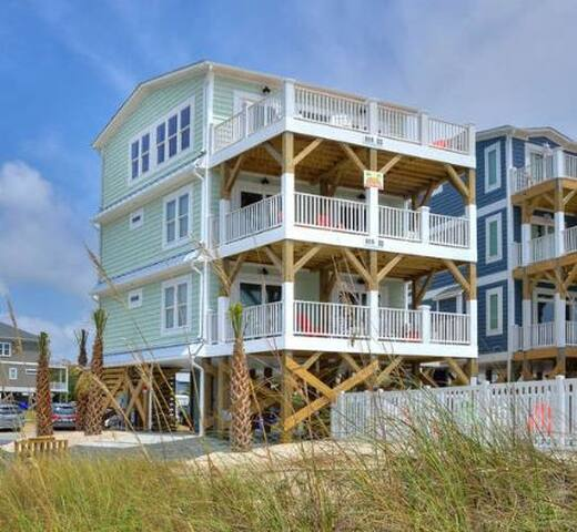 A Perfect View-Oceanfront, 5 Bdrm/4.5 Bath Brand New Home w/ Private Pool & Elevator