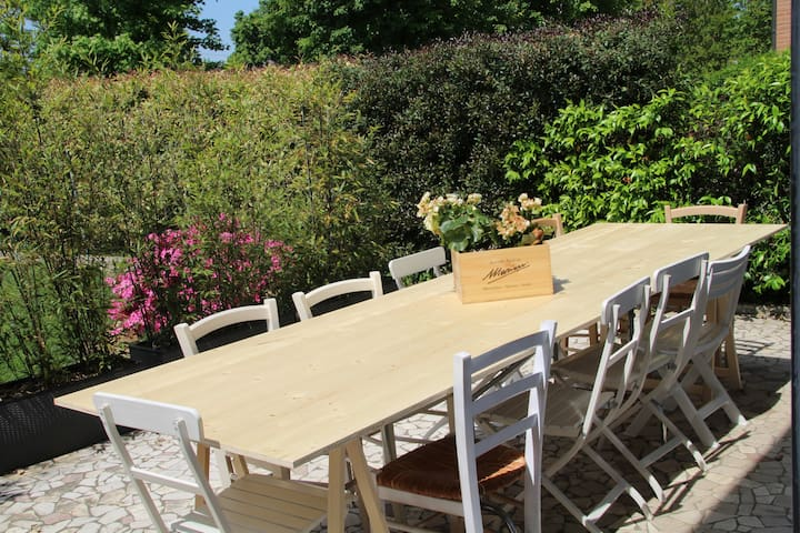 Cheap and chic guest house - Massanzago