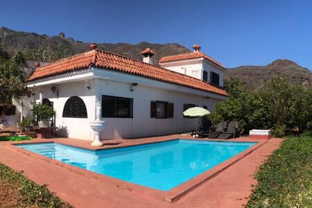 Casa Rural/Villa with private swimming pool