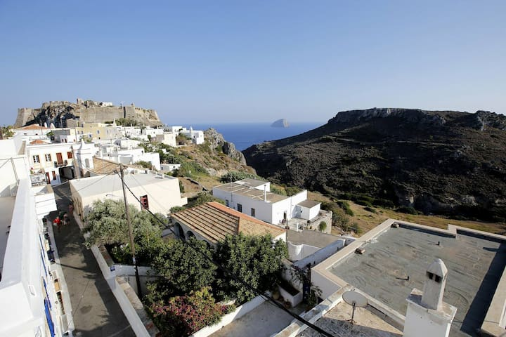 Chora ,Apartment of traditional house with sea vie