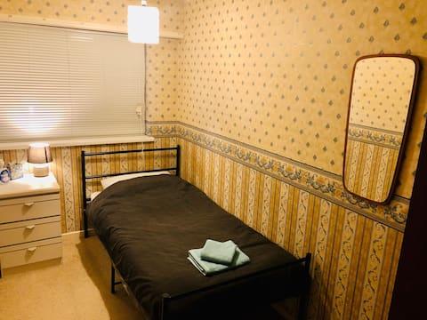Single bedroom close to Harborne !!!
