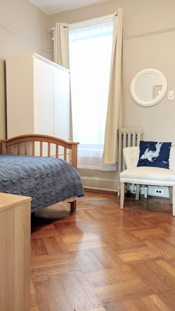 Brooklyn Zen Gem Serenity Bedroom