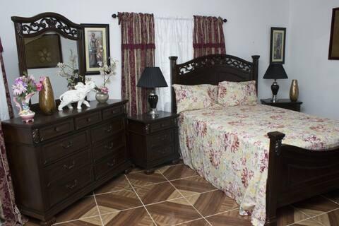 Esther Luxurios Apartment