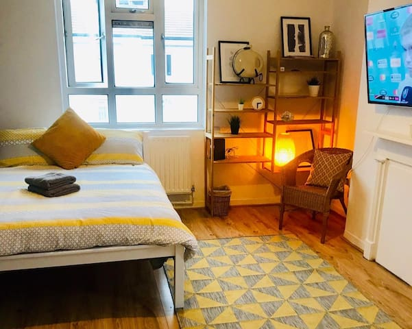 Cosy double room near Shorditch. Bethnal Green #1