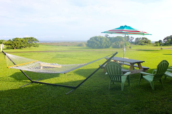 The Layback - Waterfront. Hip. Comfortable. Fun! - Hatteras - House
