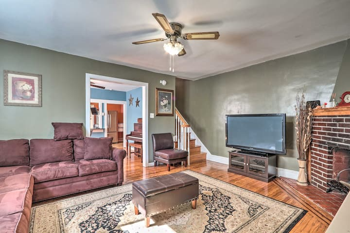 NEW! Suburban Home w/Backyard Patio <7 Mi to Dtwn!