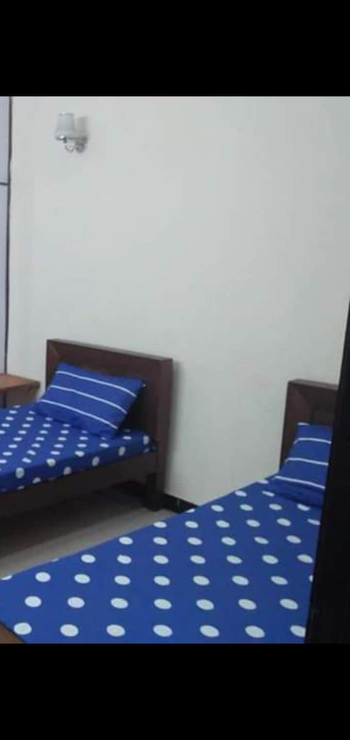 Single room double room available for monthly base
