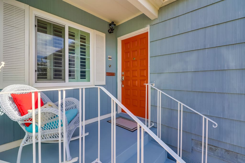 Front Door to welcome guests to our Beach Bungalow.
