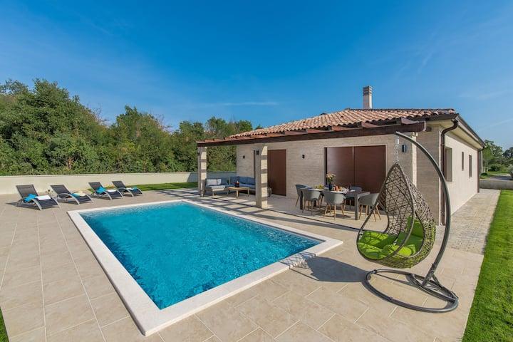 Lujosa villa con piscina privada para un máximo de 8 personas