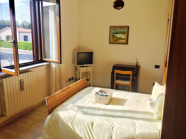 Triple room in villa near Gaggiano