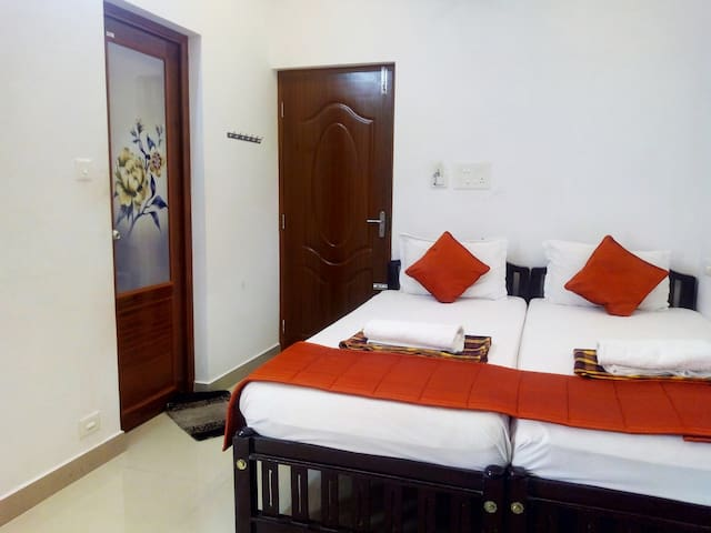 i- One's HOMESTAY STANDARD DOUBLE ROOM With AC-4