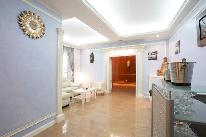 MODERNO  y AMPLIO piso con 2 baños en PLAZA ESPAÑA