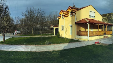 Brand New House Near Motorway 6 Guests (1st floor)