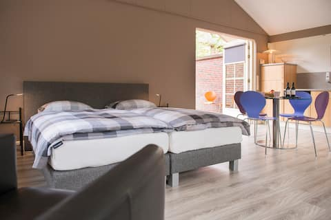 Luxurious guesthouse Woudenberg