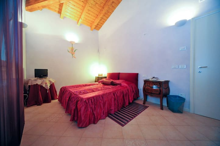 B&B la Corte Splendente - Argelato - Bed & Breakfast