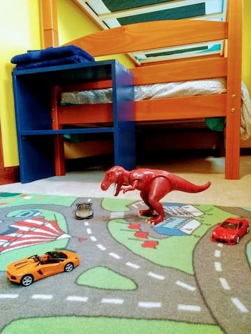 Toys: Yellow Submarine Room