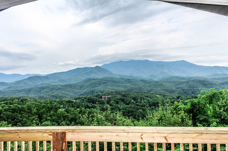 Best Views In Gatlinburg/Hot Tub/3.6 Miles To DwTn
