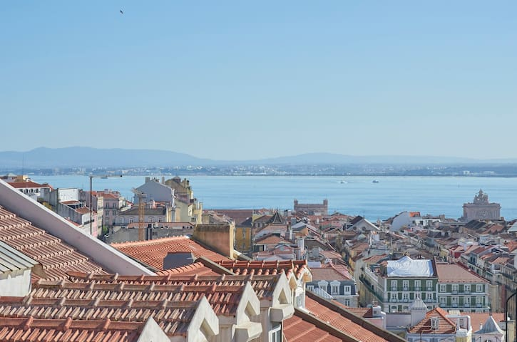 A cosy place to embrace Lisbon