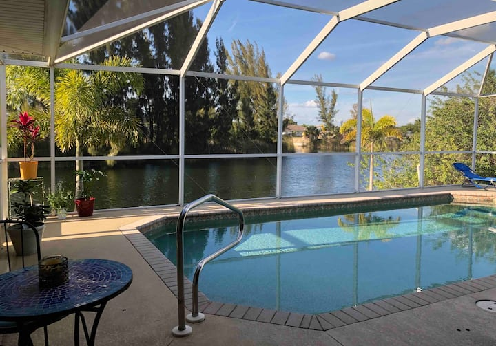 Florida living on fresh water canal