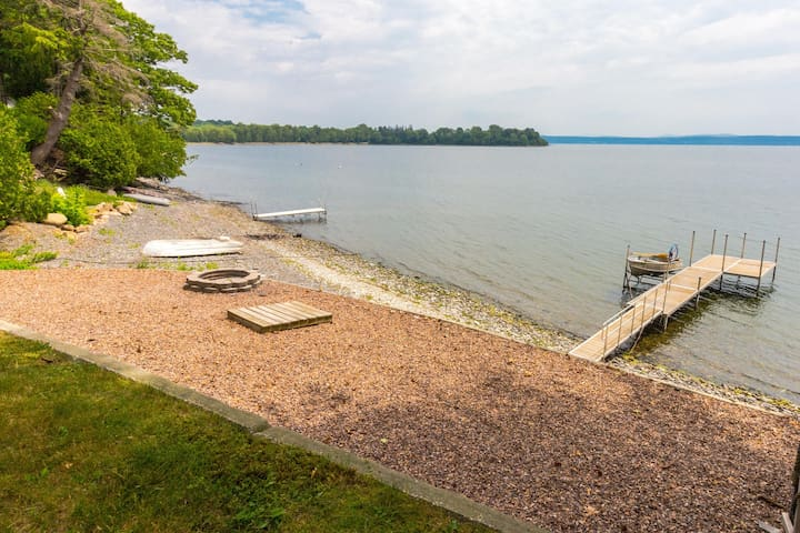 Lakefront, outdoor lover's delight w/private dock & firepit