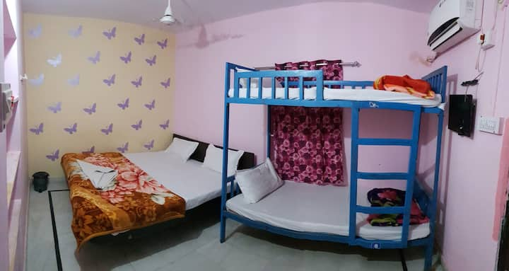 Comfortable Stay for big Group in Jaisalmer Hostel