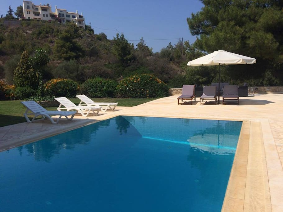 The swimmnig pool area