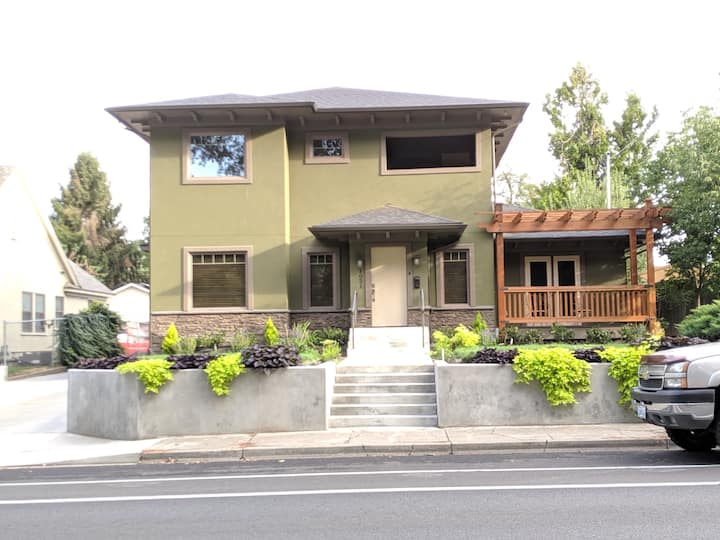 Alder House by Pioneer Park