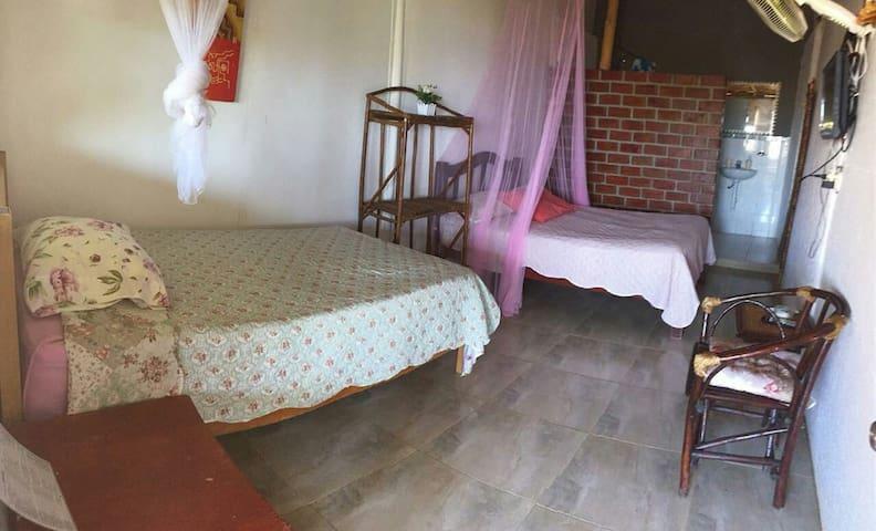 Habitación Familiar 3, Naylamp H&R en Las Pocitas.
