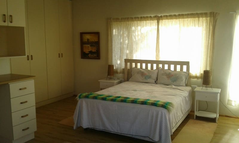 Self contained and private. - Port Alfred - Bungalow